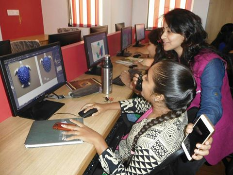 Live Coverage Of Smart Mentors By RJ Pratiksha