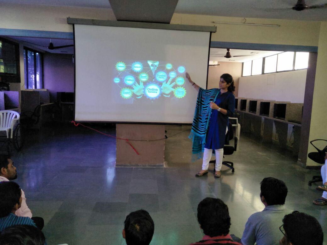Seminar In Prabhu BCA College